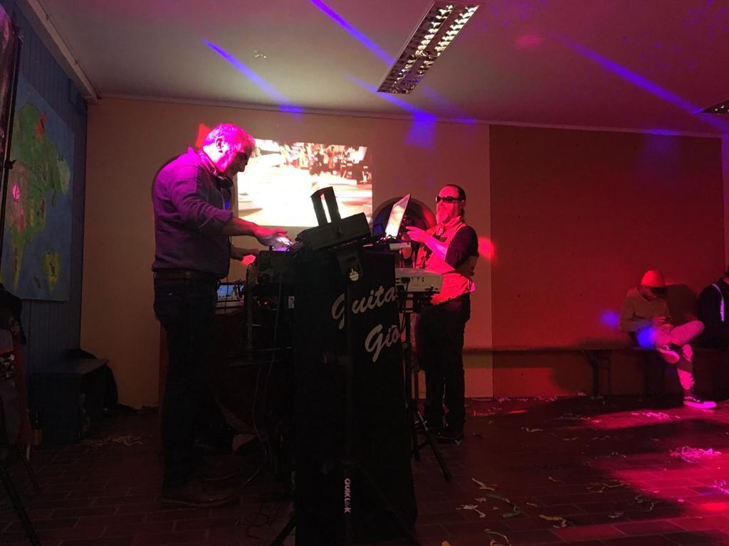 Musicisti festa di carnevale