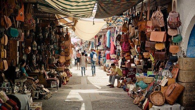 Marocco-tra-spiagge,-deserto-e-città-imperiali-economia