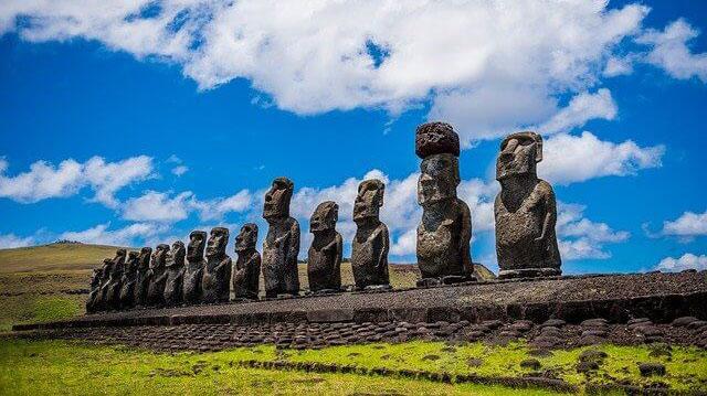 I Moai